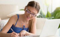 Cómo evaluar la escuela en línea